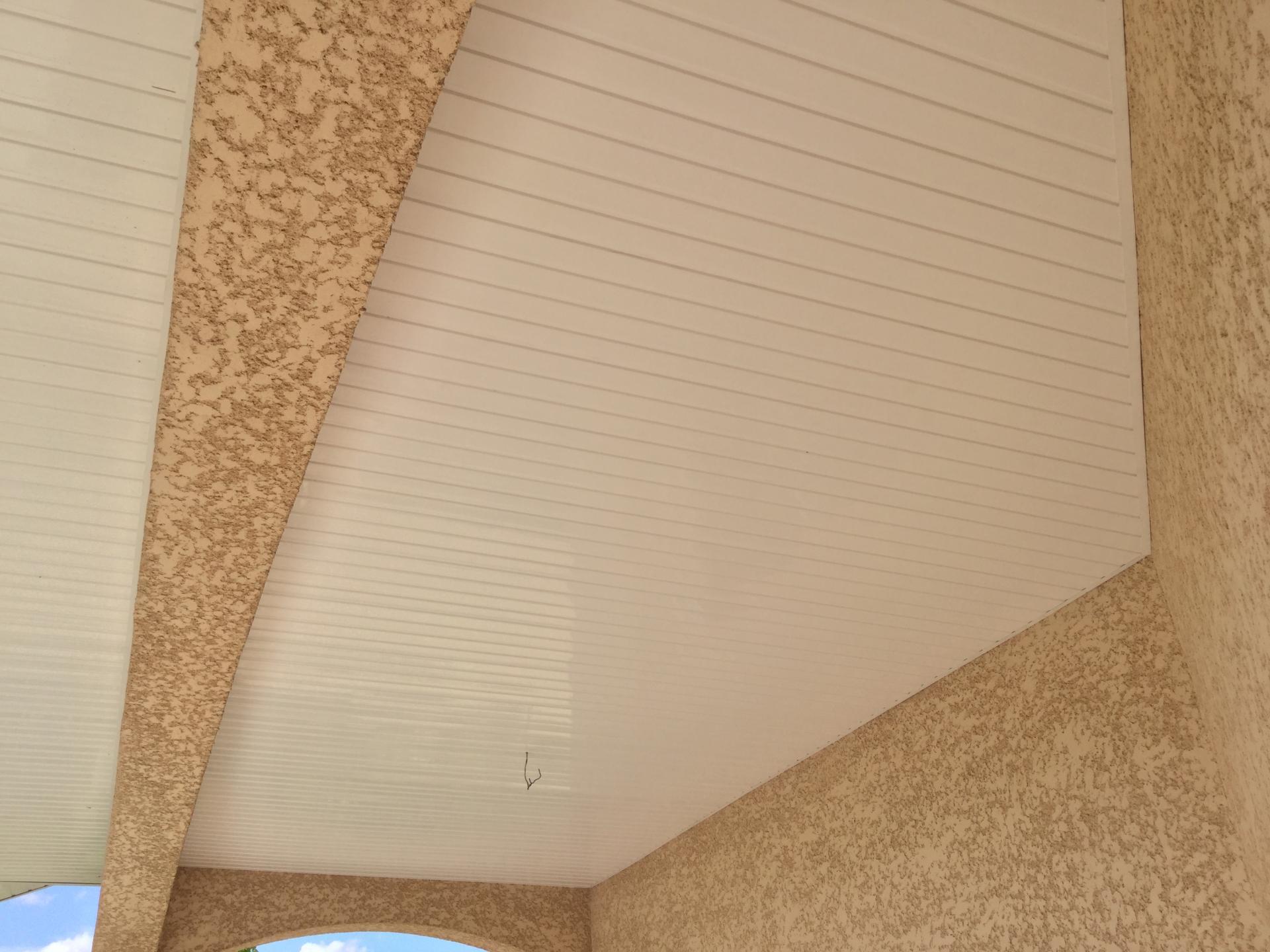 habillage dessous de toit bandeaux ideal systeme. Black Bedroom Furniture Sets. Home Design Ideas